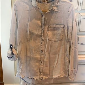 Acid washed long sleeve button down